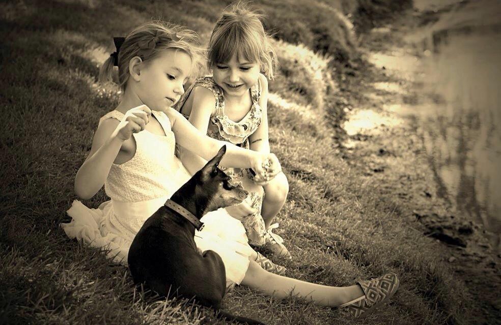 #girls #girlsday #girlswithadog #friends #happychild #happyness #family