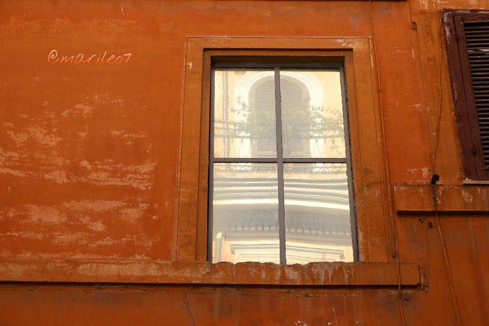 #orange #wall #reflection #window #roma #retro #architecture