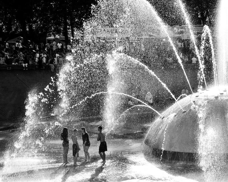 Water Works    #Park #blackandwhite #water #summer #child #children #play #fountain #splash #laughter #joy  #travel #seattle #monochrome