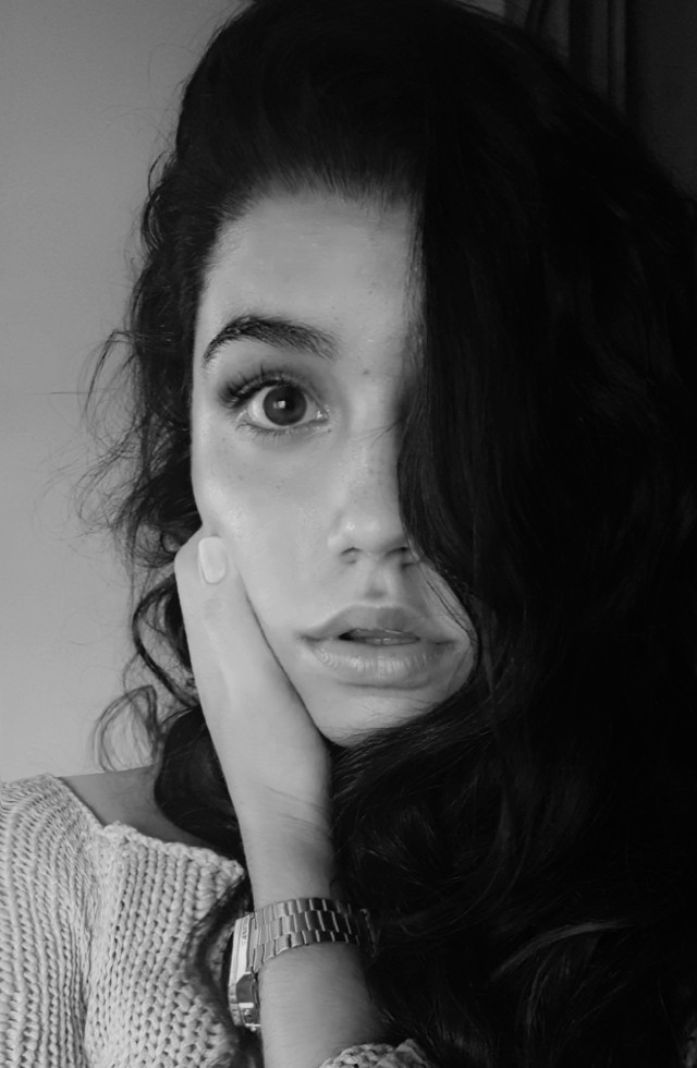 The eyes are the reflection of the soul... 💜 #blackandwhite #people #emotions #photography #portrait#FreeToEdit