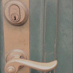 photography doorhandle pasteleffect gold green