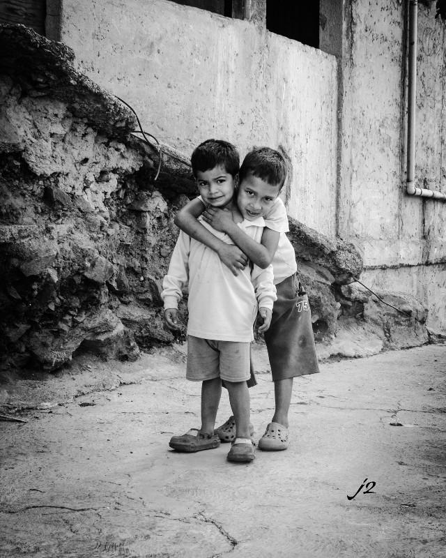 #baby #blackandwhite #cute #emotions #love #people #photography #caracas #venezuela #j2 #mycity #brothers #memories