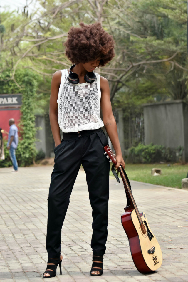 #retro #vintage #afro #wig #hair #model #outdoor #photoshoot #photography #fashion #fashionista #park #garden #natural #guitar #music #shoes #black #slim #girl #magazine #coverpage #advertising #advert #product #marketing #sales #nikon #nigeria #africa #quintess