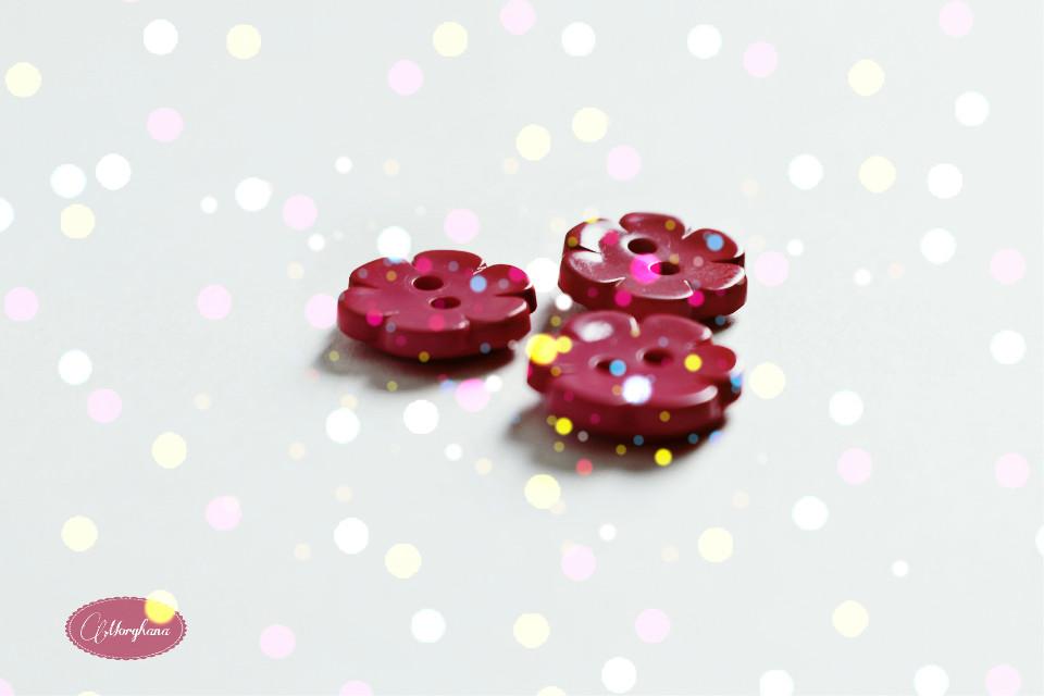 #flower #dots #buttons #pink