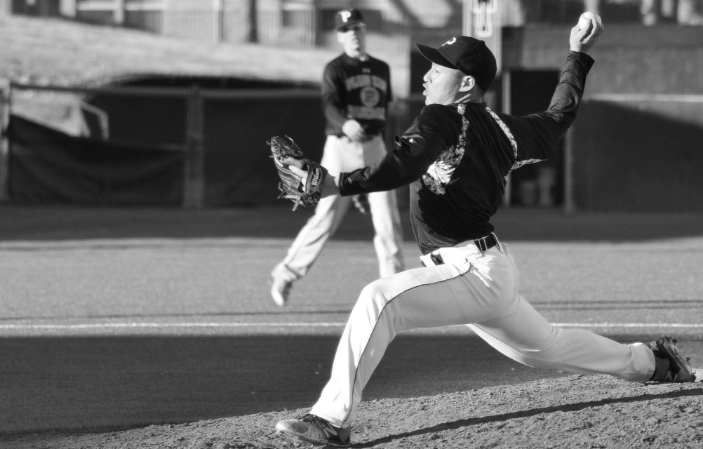 #action #baseball #black&white #blackandwhite #photography #sports