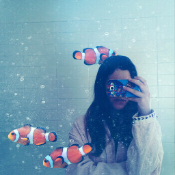 illusions antiselfie mask fish clownfish