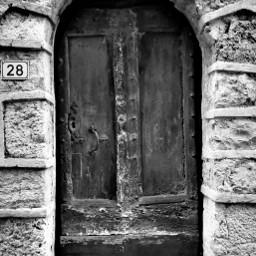 numbers blackandwhite door