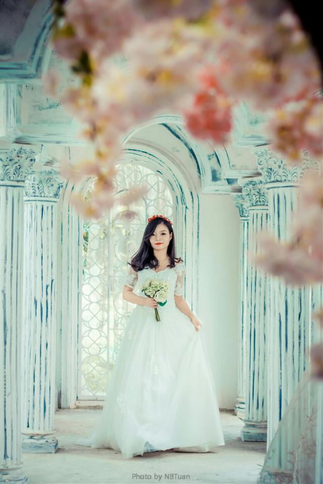 #Wedding-dress  #love #emotions #flower #portrait #canon  #canon700d
