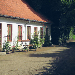 summerplace nettesdailyinspiration photography herbgarden museum